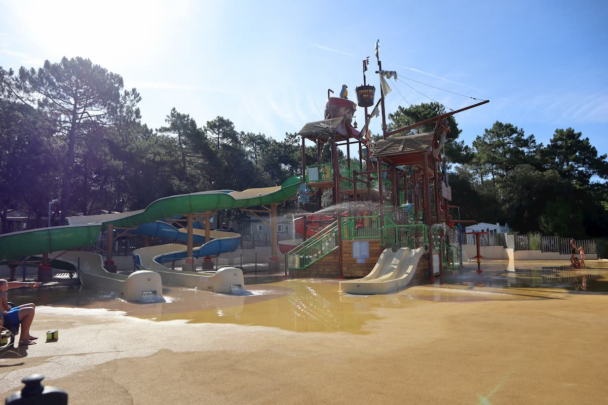 Water park camping Cote d'argent, campsite south west france