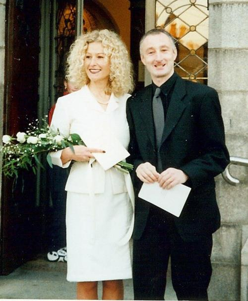 Wedding day Dublin Ireland - rainy but a good hair day because I had discovered hair products!