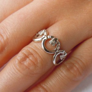 Silver-3-Claddaghs-Ring-pic-2