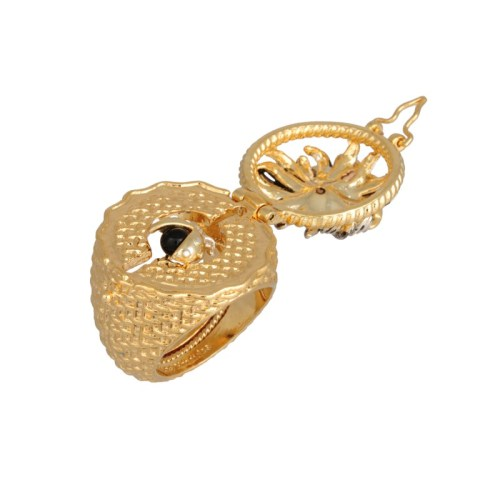 les-nereides-paris-jewelry-champetre-secret-ring-daisy-butterfly-and-ladybug-4