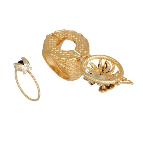 les-nereides-paris-jewelry-champetre-secret-ring-daisy-butterfly-and-ladybug-5