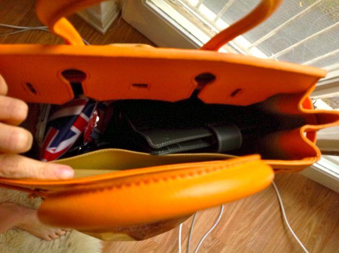 Orange Vanilla Paris bag with Gillio Medium Green Amica