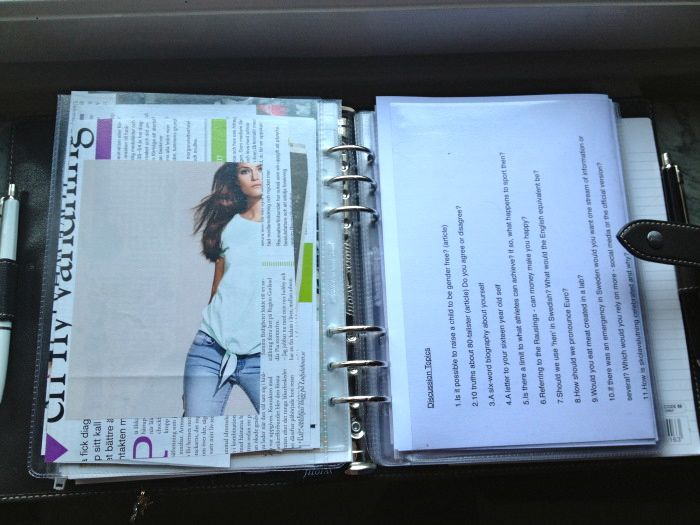Articles to the left and discussion topics to the right (copied a few times and folded)