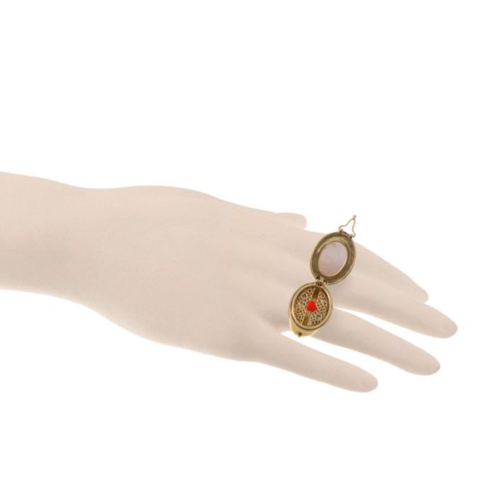 beau-brut-et-brillant-secret-ring2