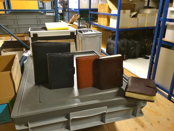 These gorgeous Second Thousand binders were in the old stock area which is full of the most gorgeous things - bags, notebooks, binders, wallets, business card holders, belts, clocks - you name it!