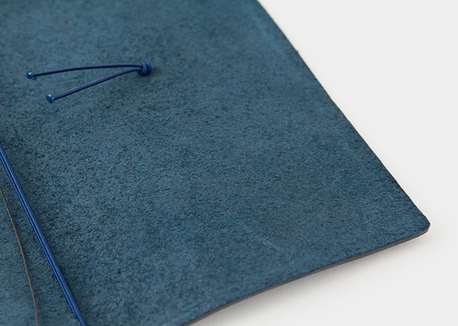 Midori-TRAVELER-S-Notebook-BLUE-Limited-Edition-34