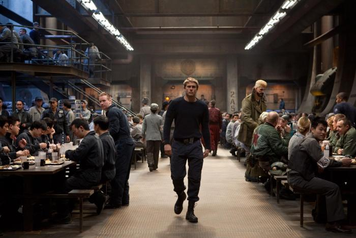 still-of-charlie-hunnam-in-pacific-rim-(2013)-large-picture