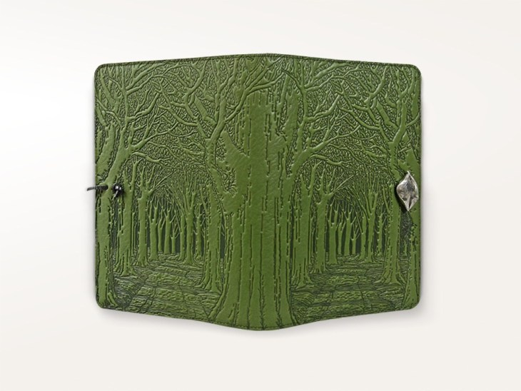 journals-oberon-refillable-leather-journal-avenue-of-trees-fern-green-1