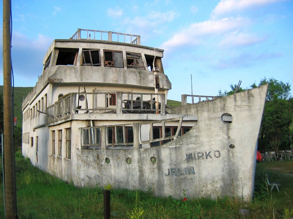 house-boat-croatia