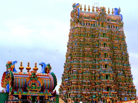 main-towers