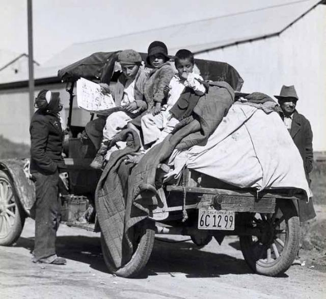 Dust Bowl migrants in California during the Great Depression