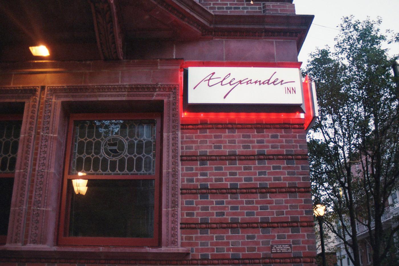 Alexander Inn