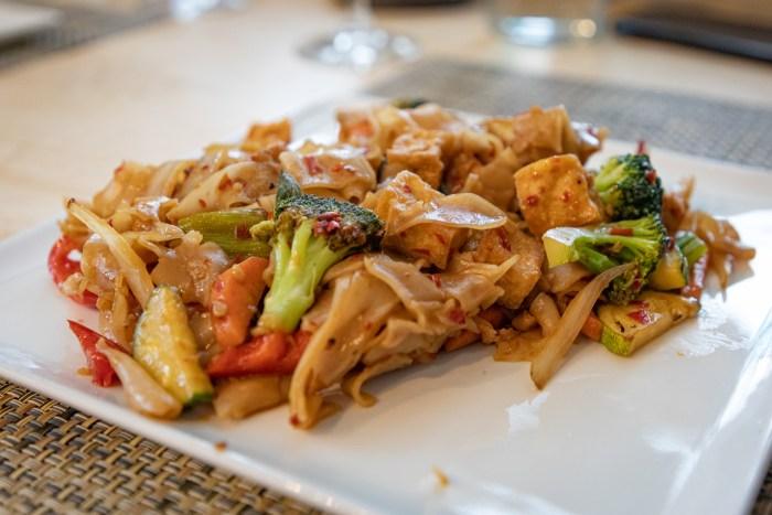 Pad Kee Mao Gai Noodles from Sawatdee