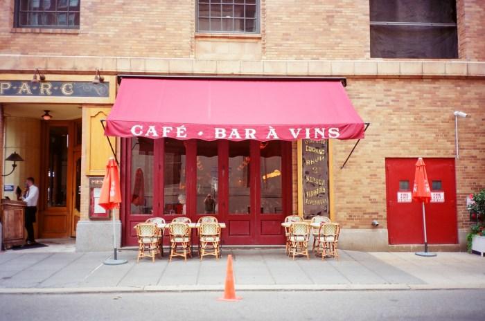 Café - Bar À Vins