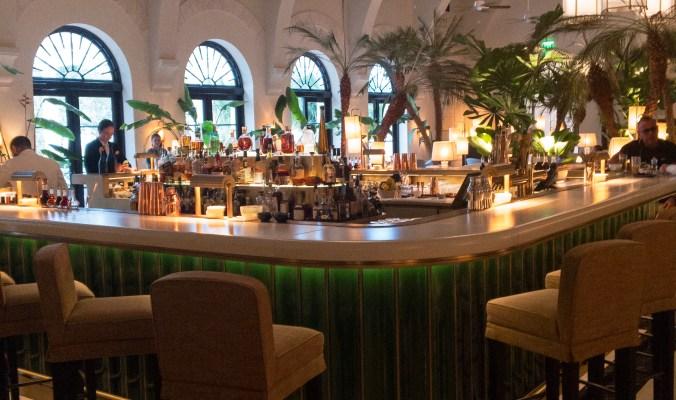 Champagne Bar Le Sirenuse Miami