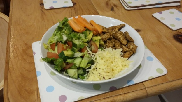 clean bulking diet chicken salad and cheese