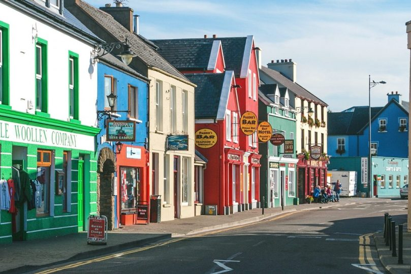 why you need to visit dingle, ireland   thisdarlingworld.com