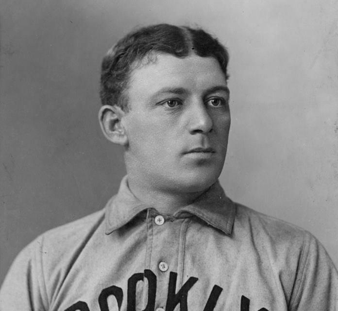 MatchingBuck Freeman'sfeat of five weeks ago,Brooklyn'sBill Dahlenlaces twotriplesin the 8th inning as his team beatsPhiladelphia, 14 – 3.