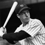 Joe DiMaggio goes 3-for-3 against the White Sox to extend his consecutive game hit streak to 32