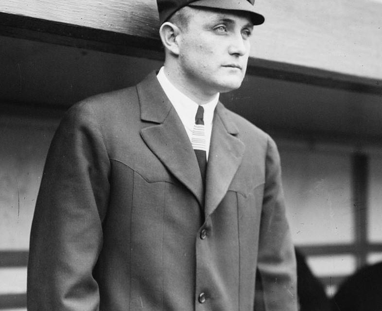 American LeagueumpireBilly Evansneeds a police escort after argumentativeDetroit TigersmanagerHughie Jenningsincites a riot. Jennings will be suspended.