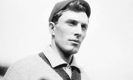 1912– FormerBrooklyn SuperbaspitcherElmer Stricklett, said to be the inventor of thespitball, is reinstated by theNational Commissionafter playing outsideorganized baseballfor three years. But he will not make it back to the major leagues.