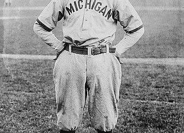 TheNational CommissiondeclaresUniversity of MichiganseniorGeorge Sislerafree agentafter a two-year fight.Pittsburgh PiratesownerBarney Dreyfussclaimed rights to Sisler, who had signed a contract as a minor leaguer but never played pro ball. After graduating, Sisler will sign with theSt. Louis Browns, managed by his former college coach,Branch Rickey.