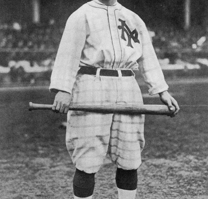 1916– At Chicago, theGiantsedge theCubs, 8 – 6, as New York CFBenny Kaufftags out two runners at second base for adouble play. With one out the Cubs load the bases. Giant catcherBill Raridenthrows to second and catches the runner,Les Mann, off. In therundown, the runner on third breaks for home and scores when the Giants fumble. But the ball is recovered and the throw to Kauff covering second gets the runner sliding back. Kauff then looks up and tags the runner trying to advance from first base to end the inning.