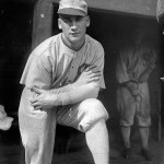 White SoxCFHappy Felschhandles a record-tying 12chancesin a 9-inning game. OnlyHarry BayofClevelandin1904has ever been so busy.
