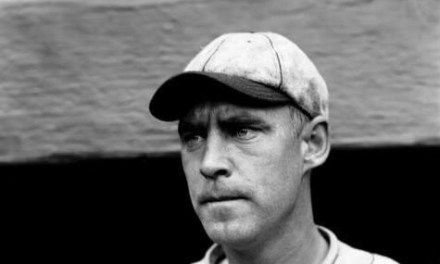1925– In St. Louis, theCardinalsroll overBrooklyn, 15 – 3, behindWee Willie Sherdel. In the 7th inning, the Red Birds rub it in with two steals of home, tying a major league record. It's the last time it's been done in theNational League.Oaklandwill steal home twice in the 1st inning onMay 28,1980.