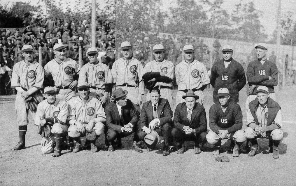 1922– On their tour of the Far East, theHerb HunterAll-Americans, withCasey StengelandWaite Hoytamong their members, beat a team of U.S. servicemen, 12 – 5, inManila. In other games, the All-Americans are the first team of major leaguers to play aChineseteam, inShanghai, and also play aKoreanall-star team inSeoul, whipping them, 21 – 3. The American all-stars also lost a game inJapanwhenZensuke Shimadahit an out-of-the-parkhome runagainst Hoyt and theMita Clubdefeated the All-Americans, 9 – 3.Michimaro Onogot the win. It is the first loss by a team of touring U.S professionals in Japan.