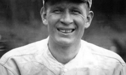 Red SoxrighthanderHoward Ehmkehas theWhite Soxpopping up all day in his 6 – 0 win. Only oneassistis made by Boston.