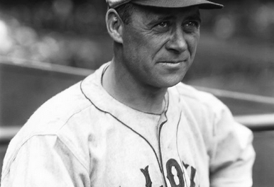 St. Louis Brownsacquire catcherWally Schangfrom theNew York Yankees