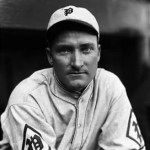 InPhilly, theBravestally 11 hits and three walks but still get shut out by thePhils'Ray Benge, 4 - 0. In the nitecap, the Braves are hitless until two are out in the 7th, then take the lead, but the Phils tie it in the 9th onCy Williams' homer. Boston wins in 11, 4 - 3.