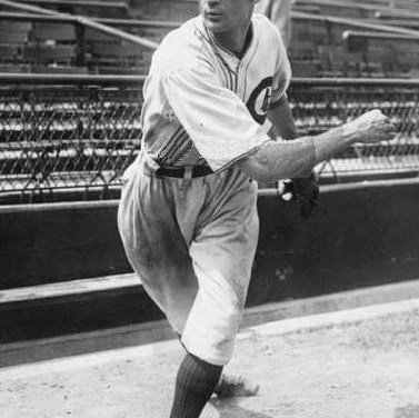 1929 – At Wrigley Field before 45,000, the Cubs top the Cardinals, 4 – 0, with Guy Bush winning over Willie Mitchell. Rogers Hornsby is 4 for 4 with two doubles, but he will go 1 for 13 in his next three games.