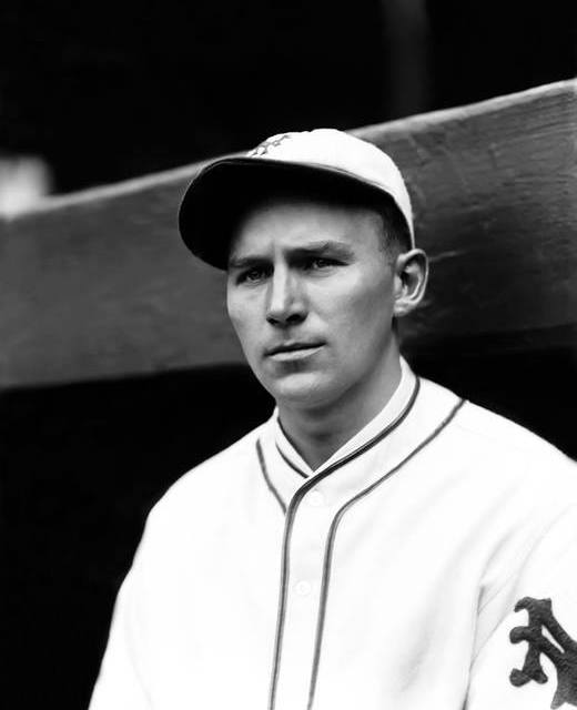 New York'sFred Lindstromhas his 24-gamehitting streakstopped as theGiantslose to theCubs, 3 – 2.
