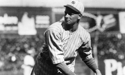 TheNew York Giantsrelease pitchersWaite HoytandClarence Mitchell.