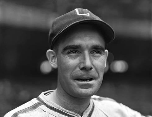 During a 10 – 1 loss to the Chicago Cubs at Wrigley Field, Chicago White Sox second baseman Jackie Hayes catches a piece of cinder in his eye. The eye will become infected and though he finishes the season, he loses the sight in the eye. In 1943, Hayes will lose the sight in both eyes.