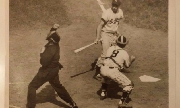 Monte Irvin clubs two homers off Ralph Branca as the Giants edge the Dodgers, 5 – 4. The second homer, a three-run shot in the 8th, gives the win to reliever Sheldon Jones. The Dodgers now lead the Giants by five games.