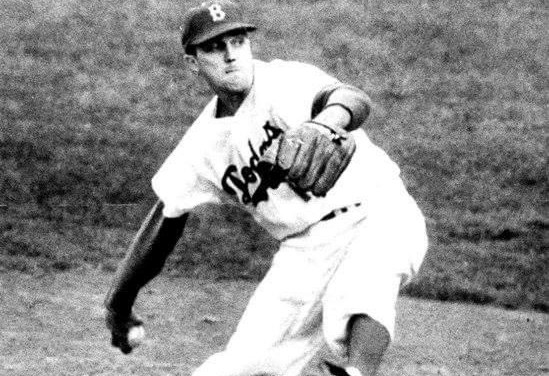 The Dodgers clinch a pennant at the earliest date ever in baseball history with a 5-2 victory over the Braves at County Stadium. Carl Erskine gets the win when Brooklyn, who clinches consecutive titles for the first time in franchise history, goes up 13 games up on Milwaukee with 12 left to play.