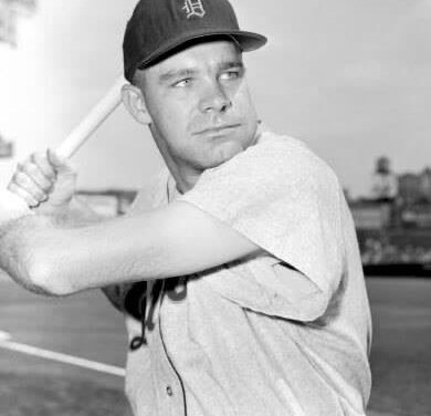 Detroit TigersshortstopHarvey Kuenn, who hit .308 for the season, is votedAmerican League Rookie of the Year.