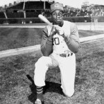 Frank Robinson ties Wally Berger's 1930 National League record for home runs by a rookie for home runs with his 38th in the Reds' 11-5 victory over the Giants at Polo Grounds. A's first baseman Mark McGwire will established the major league mark for freshman homers with 49 round-trippers in 1989.
