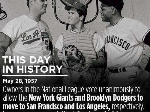 With a unanimous vote,National Leagueowners grant permission to both theDodgersandGiantsto relocate their clubs to the West Coast if they so desire.