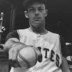 In the second of two games, thePirates, down 5 - 0, tie thePhilliesin the 9th inning, then win in the 10th, 7 - 6. The victory goes toElroy Face, even though he gives up a home run toEd Boucheein the top of the 10th. Face is now 17-0 and the Pirates are just four games in back of the leadingGiants.
