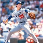 Los Angeles Dodgers pitcher Orel Hershiser becomes the 9th unanimous choice as Cy Young Award winner