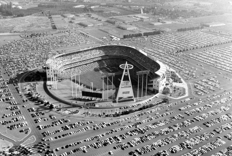 The California Angels play their first game at Anaheim Stadium. Rick Reichardt of the Angels hits the first home run in the new ballpark, but California loses the game, 3 – 1, to the Chicago White Sox.