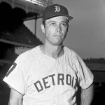 Tigers obtain Eddie  Mathews from  Houston