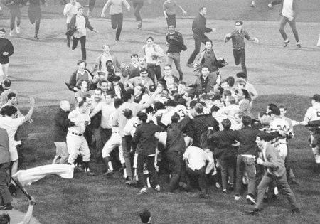 Detroit clinches the American League pennant with a 2 – 1 win over the Yankees. Detroit is ahead, 1 – 0, when Red Sox owner Tom Yawkey phones Tiger general manager Jim Campbell with the news that the Sox have beaten the Orioles, clinching the pennant for the Tigers. Campbell keeps the score off the radio and the scoreboard, fearing the news will send fans rampaging onto the field. Don Wert singles home the winner in the 9th and the fans tear down the left field screen.