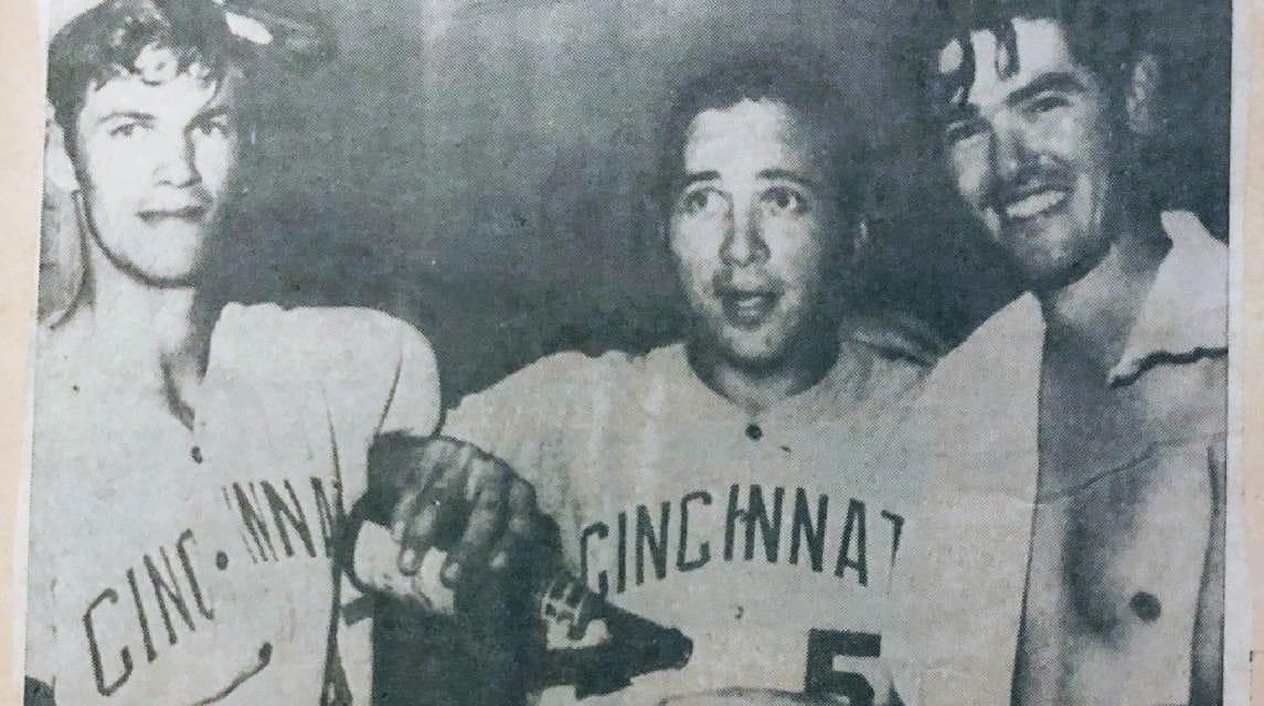 In theReds'6 – 5 win over the visitingPhillies,Jim Merrittnotches his 20th win of the year.Jim Bunningtakes the loss. Merritt is the first Reds lefty to win 20 since1925, but will be 6-26 the rest of his career.