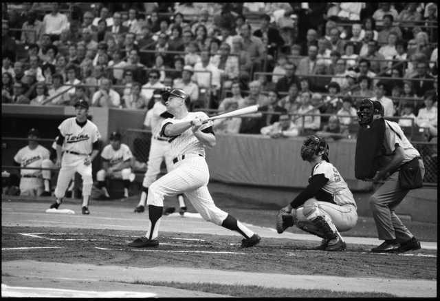 Harmon Killebrew hitting his 500th home run against the Orioles at Metropolitan Stadium, August 10, 1971.