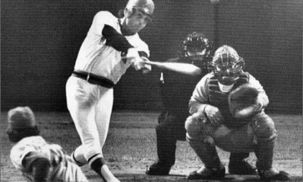 Bernie Carbo delivers pinch hit homerun in game 6 of 1975 World Series